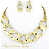 Beautiful gold neacklace